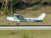 EC-EXL @ LEGE - Landing RWY 20. - by Jorge Molina