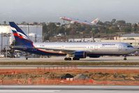 VP-BWU @ LAX - Aeroflot VP-BWU (FLT AFL321) from Sheremetyevo (UUEE) - Moscow, Russia - taxiing to the gate after arrival on the north complex.