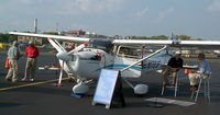 N172JF @ HFD - At the AOPA Expo...
