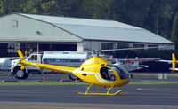 N190JW @ HFD - At the AOPA Expo...