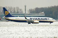 EI-DWL @ EPKK - Ryanair - by Artur Badoń