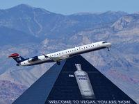 N926LR @ KLAS - US Airways Express / 2004 Bombardier Inc CL600-2D24