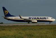 EI-DHE @ MLA - Ryanair Boeing 737-800