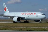 C-FIUA @ YYZ - Taxiing for departure via RWY23. - by topgun3