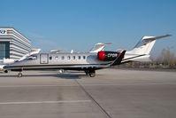 D-CPDR @ VIE - Learjet 45