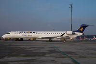 EI-DVR @ VIE - Air One Regionaljet 900
