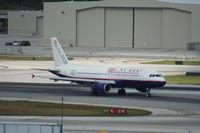 N266AV @ KFLL - Airbus A320