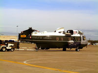 159351 @ CNW - Detailed for President Bush - Prepping for airlift - by Zane Adams