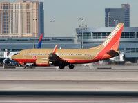 N779SW @ KLAS - Southwest Airlines / 2000 Boeing 737-7H4