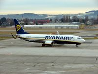EI-DHG @ LOWS - Ryanair B737 taxies in at Salzburg - for my flight back to London Stansted