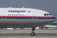 9M-MKV @ WMKK - Malaysia Airlines A330-200 - by Andy Graf-VAP