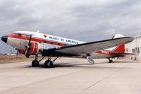 N5106X @ KGKY - DC-3
