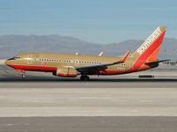 N792SW @ KLAS - Southwest Airlines / 2000 Boeing 737-7H4