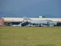 27-8305 @ RJFN - McDonnell-Douglas F-4EJ/Nyutabaru AB - by Ian Woodcock