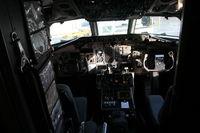 N921DL @ DTW - Delta MD-88 cockpit