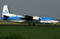 PH-KVC @ AMS - visitor - by Wolfgang Zilske