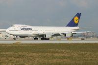 D-ABYX @ KMIA - Lufthansa 747-200 - by Andy Graf-VAP