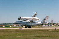 N905NA @ NFW - Landing with Endeavour at Carswell - by Zane Adams