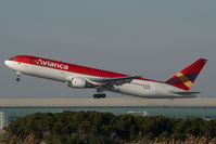 N948AV @ BCN - Avianca Boeing 767-300 - by Yakfreak - VAP