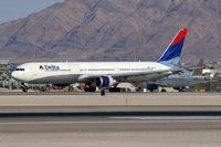 N827MH @ KLAS - Delta Airlines / 2001 Boeing 767-432ER - by Brad Campbell