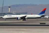 N827MH @ KLAS - Delta Airlines / 2001 Boeing 767-432ER - by Brad Campbell