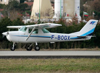 F-BOGX @ LFCL - Go around over the airfield - by Shunn311