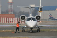D-CHLE @ EBBR - manoeuvring to park on General Aviation apron - by Daniel Vanderauwera