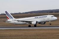 F-GFKO @ VIE - Airbus Industrie A320-211