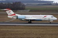 OE-LFI @ VIE - Fokker70