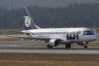 SP-LDA @ VIE - 2004 Embraer ERJ-170-100ST