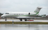N605RF @ FLL - Challenger 300 makes its way to the departure threshold