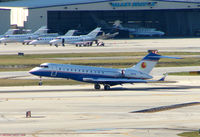 N18TM @ PBI - Global Express departs West Palm Beach