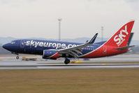 OM-NGJ @ VIE - Boeing 737-76N