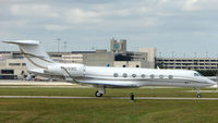 N691RC @ PBI - The business aircraft traffic at West Palm Beach on the Friday before President's Day always provides the aviation enthusiast / photographer with a treat