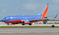 N263WN @ FLL - Southwest B737 about to depart FLL