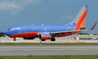 N477WN @ FLL - Southwest B737 at FLL