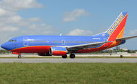 N520SW @ FLL - Southwest B737 about to depart FLL