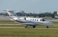 N622SL @ PBI - Cessna 525 taxies in at West Palm Beach