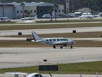N137JH @ DAB - PA-31-350 - by Florida Metal