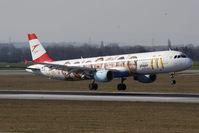 OE-LBC @ VIE - Airbus Industries A321-111 - by Juergen Postl