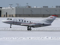 C-FIGD @ CYOW - Performing Touch and Goes on Rwy 25 - by CdnAvSpotter