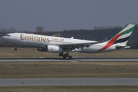 A6-EAB @ VIE - Emirates Airbus A330-200 - by Thomas Ramgraber-VAP