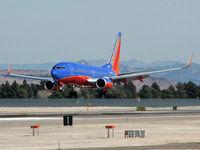 N268WN @ KLAS - Southwest Airlines / 2007 Boeing 737-7H4