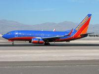 N262WN @ KLAS - Southwest Airlines / 2006 Boeing 737-7H4