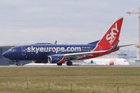 OM-NGF @ VIE - Boeing 737-76N