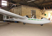 G-CFBV - Gliders at the London Gliding Club at Dunstable Downs
