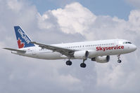 C-FTDQ @ CYYZ - Skyservice A320 - by Andy Graf-VAP
