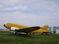 N47FL @ 0A3 - DC-3A - by Mark Pasqualino