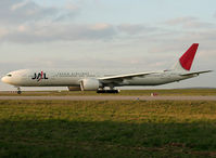 JA737J @ LFPG - My first long B777 from Japan Airlines :-) - by Shunn311