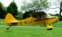 G-ALIJ @ EGHP - A very pleasant general Aviation day at Popham in rural UK